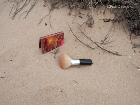 make up brush on beach, El Palmar