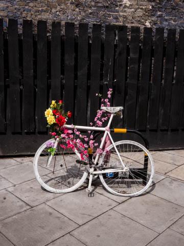Ghost bike, Dalston, 27.5.13