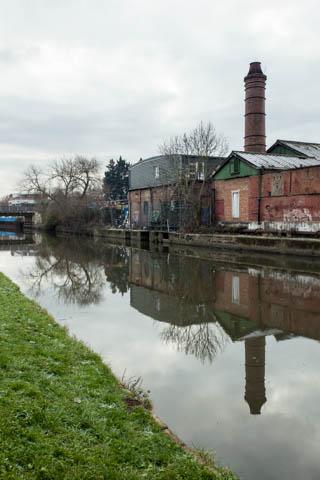 Grand Union Canal near Elthorne Park